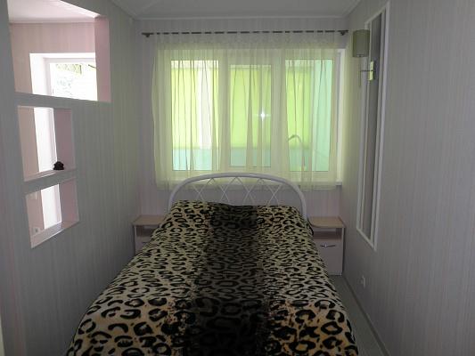1-комнатная квартира посуточно в Алуште. ул. Ленина, 25. Фото 1