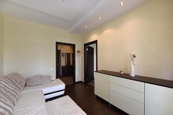 1-комнатная квартира посуточно в Одессе. Приморский район, Французский бульвар, 54/23. Фото 1