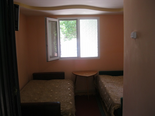 1-комнатная квартира посуточно в Бердянске. ул. К. Маркса, 25. Фото 1