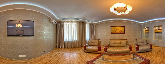 2-комнатная квартира посуточно в Харькове. Киевский район, ул. Артема, 5. Фото 1