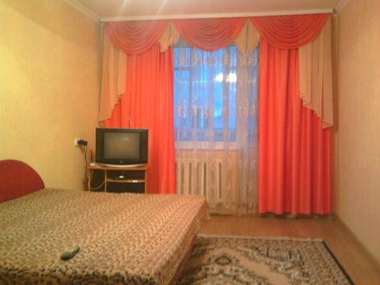2-комнатная квартира посуточно в Виннице. Ленинский район, ул. Космонавтов, 14. Фото 1