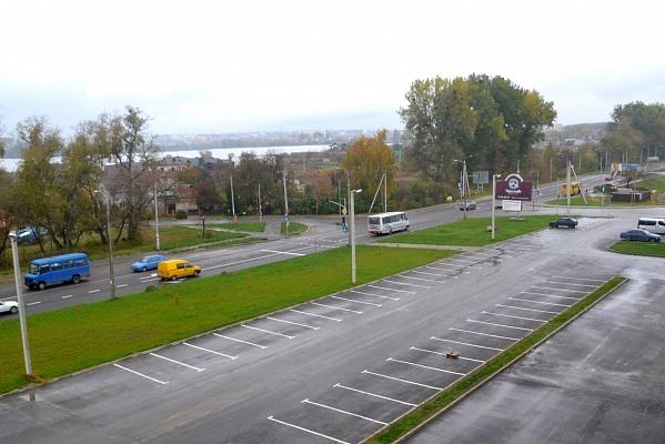 2-комнатная квартира посуточно в Ровно. ул. Счастливая, 14. Фото 1