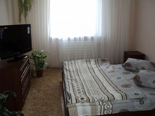 1-комнатная квартира посуточно в Белой Церкви. ул. Леваневского, 36. Фото 1