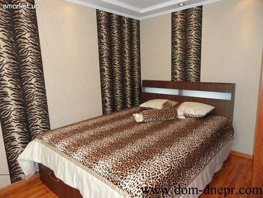 1-комнатная квартира посуточно в Никополе. ул. Каштановая, 54 . Фото 1
