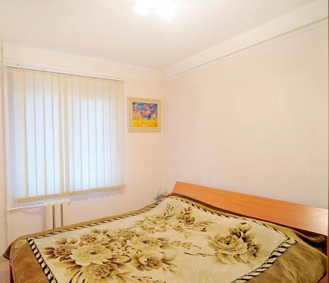 1-комнатная квартира посуточно в Киеве. Деснянский район, Милютенко, 17. Фото 1