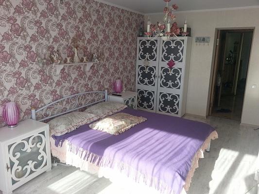 2-комнатная квартира посуточно в Алуште. Перекопская, 4-в. Фото 1