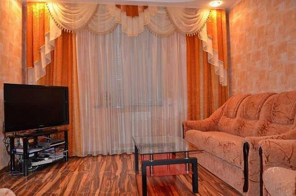 2-комнатная квартира посуточно в Керчи. пер. 2-ой Морской, 4. Фото 1