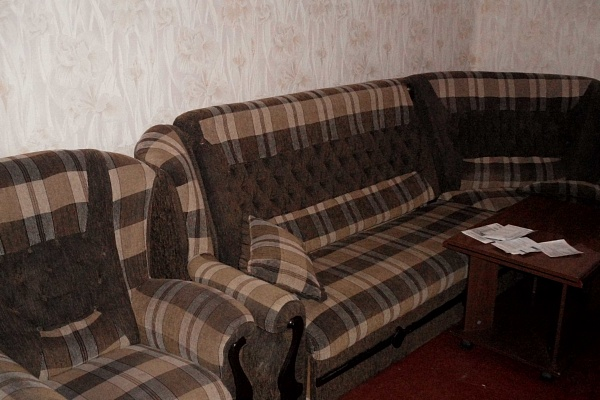 1-комнатная квартира посуточно в Севастополе. Ленинский район, ул. гер.Сталинграда, 46. Фото 1