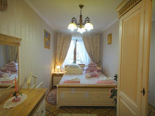 3-комнатная квартира посуточно в Одессе. Приморский район, Фонтанская дорога, 59. Фото 1
