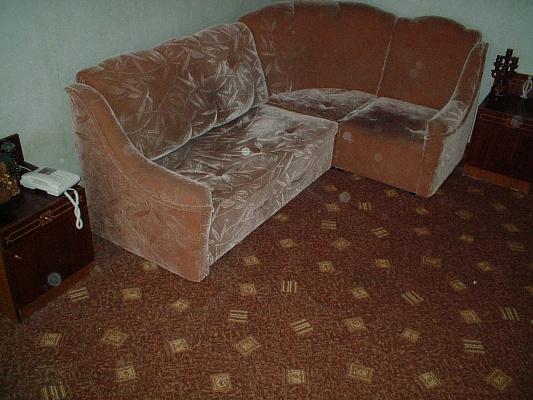 1-комнатная квартира посуточно в Полтаве. Киевский район, ул. Артема, 24. Фото 1