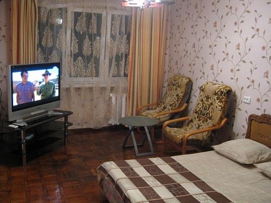 2-комнатная квартира посуточно в Одессе. Приморский район, ул. Тенистая, 3. Фото 1