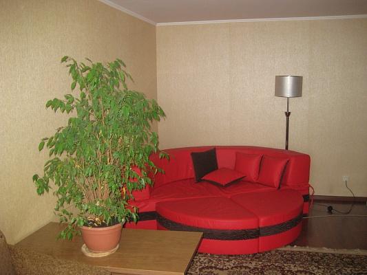 1-комнатная квартира посуточно в Хмельницком. ул. Заречанская, 57/1. Фото 1
