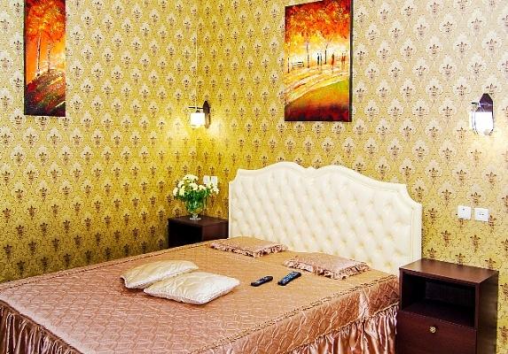 1-комнатная квартира посуточно в Харькове. Дзержинский район, ул. Рымарская, 19. Фото 1