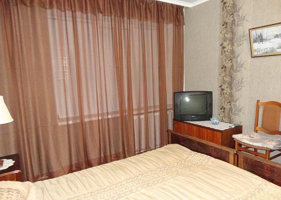 1-комнатная квартира посуточно в Мариуполе. ул. Заворуева, 7. Фото 1