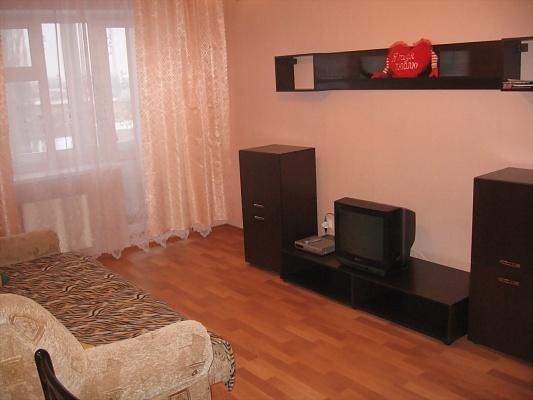 1-комнатная квартира посуточно в Симферополе. Железнодорожный район, ул. Лексина, 58. Фото 1