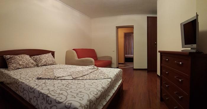 2-комнатная квартира посуточно в Львове. Галицкий район, ул. Лепкого, 20. Фото 1