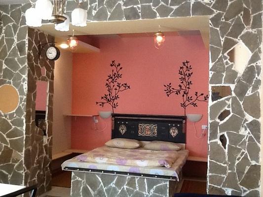 Мини-отель  посуточно в Мариуполе. ул. Линника, 27. Фото 1