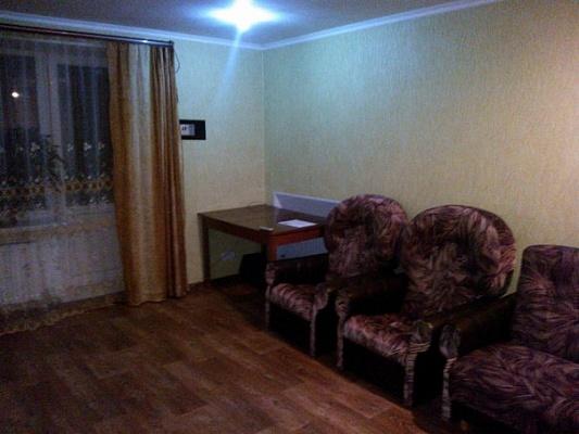 1-комнатная квартира посуточно в Знаменке. ул. Привокзальная, 18. Фото 1