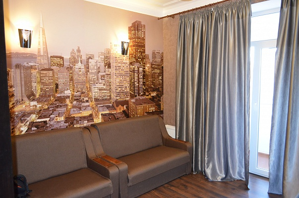 2-комнатная квартира посуточно в Никополе. пр-т Трубников , 33. Фото 1