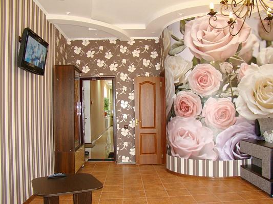 Мини-отель  посуточно в Бердянске. ул. Дюмина, 72. Фото 1