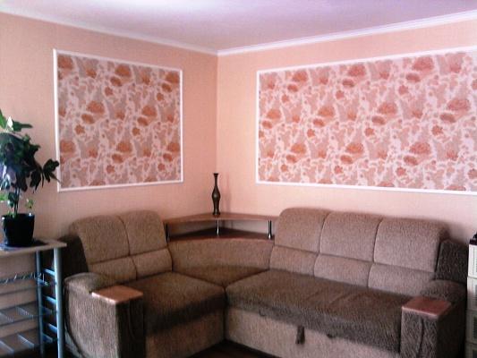 2-комнатная квартира посуточно в Феодосии. ул. Земская, 18. Фото 1