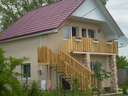 Дом  посуточно в Берегово. ул. Дачна, 72. Фото 1