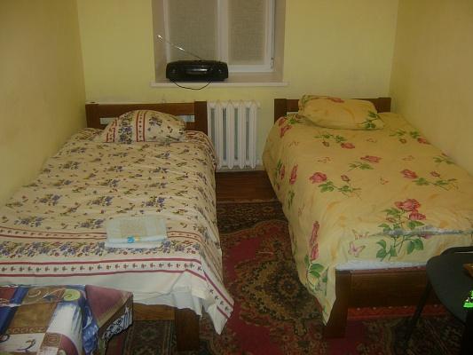 3-комнатная квартира посуточно в Львове. Франковский район, ул. Карпинца, 4. Фото 1
