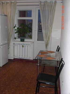 1-комнатная квартира посуточно в Одессе. Левитана, 118. Фото 1