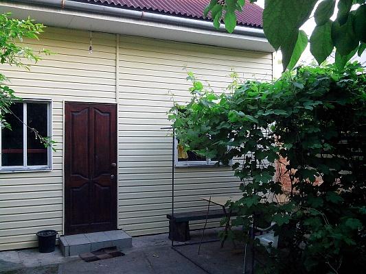 Мини-отель  посуточно в Бердянске. ул. Куйбышева, 19. Фото 1