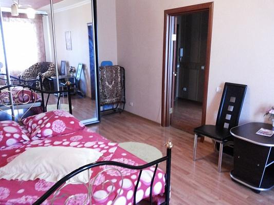 1-комнатная квартира посуточно в Борисполе. ул. Головатого, 89. Фото 1