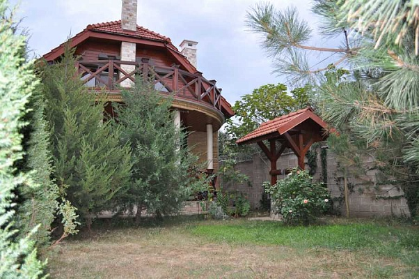 Дом  посуточно в Одессе. Киевский район, п.Каролино-бугаз ст.Лиманская, 5. Фото 1