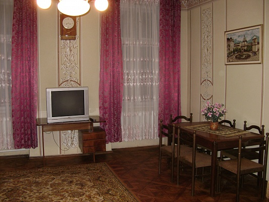 1-комнатная квартира посуточно в Львове. Галицкий район, ул. Григоровича, 8. Фото 1