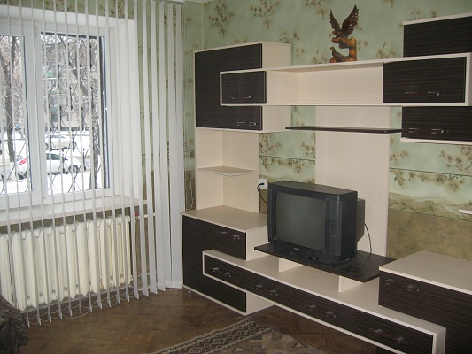 1-комнатная квартира посуточно в Кременчуге. ул. Победы, 13. Фото 1