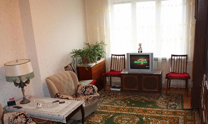 1-комнатная квартира посуточно в Севастополе. Гагаринский район, пр-т Героев Cталинграда, 46. Фото 1