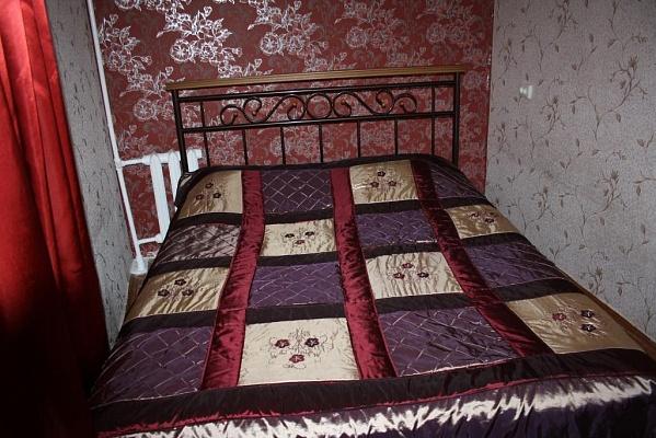 1-комнатная квартира посуточно в Мариуполе. пр-т Строителей, 115. Фото 1
