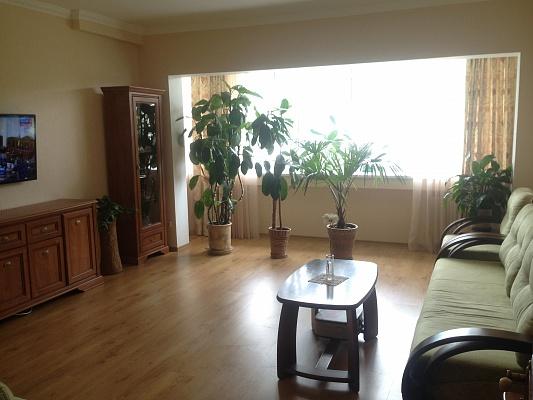2-комнатная квартира посуточно в Партените. Фрунзенское шоссе, 9. Фото 1