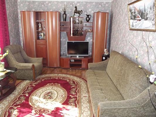 2-комнатная квартира посуточно в Феодосии. ул. Крымская, 82. Фото 1