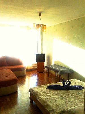 1-комнатная квартира посуточно в Киеве. Соломенский район, ул. Генерала Тупикова, 14а. Фото 1