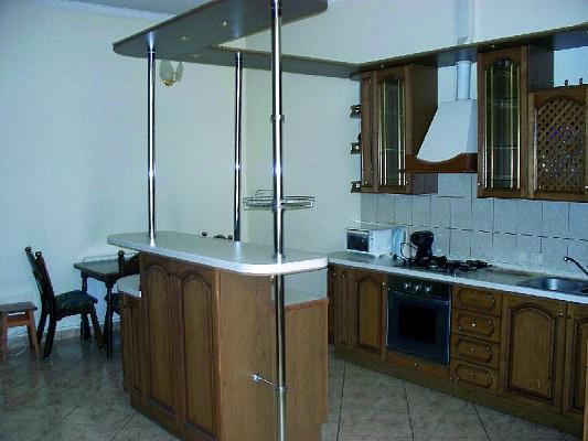 3-комнатная квартира посуточно в Одессе. Приморский район, пер. Воронцовский, 6. Фото 1