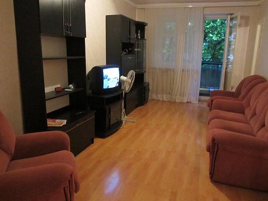 2-комнатная квартира посуточно в Одессе. Приморский район, пр-т Шевченко. Фото 1