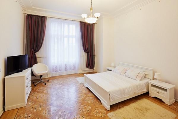 2-комнатная квартира посуточно в Львове. Галицкий район, ул. Валова, 13. Фото 1