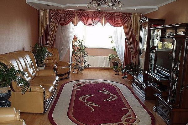 2-комнатная квартира посуточно в Тернополе. ул. Громницкого, 2. Фото 1