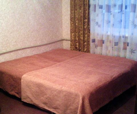 1-комнатная квартира посуточно в Горловке. ул. Первомайская, 36а. Фото 1