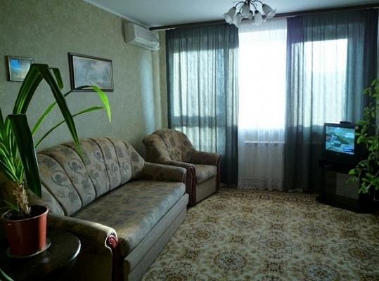 1-комнатная квартира посуточно в Белой Церкви. б-р Победы, 111. Фото 1
