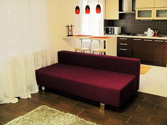1-комнатная квартира посуточно в Луганске. Артёмовский район, ул.Героев ВОВ, 5. Фото 1