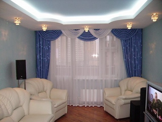 1-комнатная квартира посуточно в Никополе. пр-т Трубников, 27. Фото 1