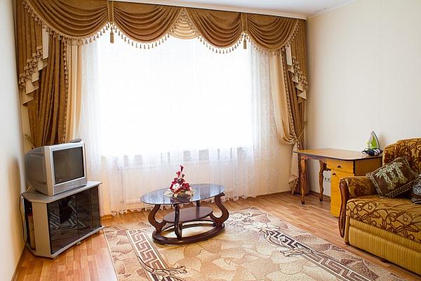 2-комнатная квартира посуточно в Виннице. Ленинский район, ул. Зодчих, 36. Фото 1