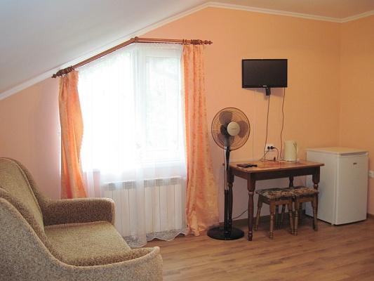 Мини-отель  посуточно в Трускавце. ул. Суховоля, 44. Фото 1