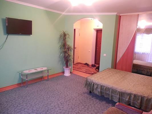 1-комнатная квартира посуточно в Трускавце. ул.Стуса, 5. Фото 1