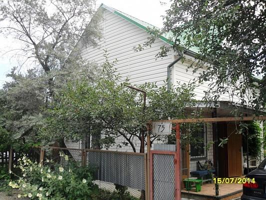 Дом  посуточно в Бердянске. пер. Парашютный, 72. Фото 1